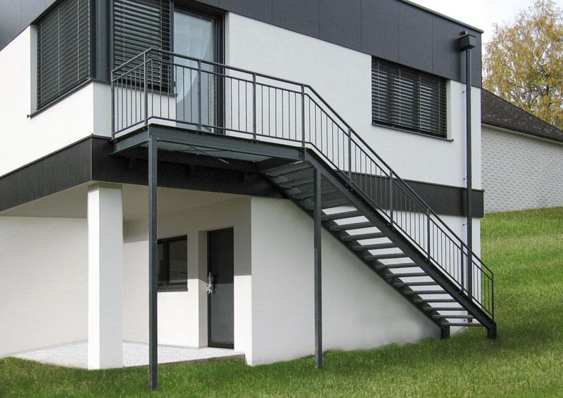 zelezne schody vonkajsie okn a dvere. Black Bedroom Furniture Sets. Home Design Ideas